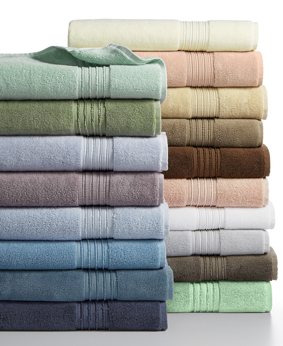 Hand Towels Meaning: Top 20 Must Haves For Your First Apartment