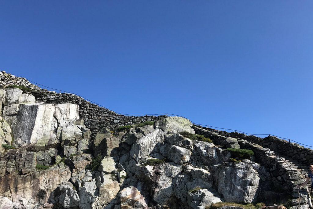 Beginning of Stairway Ridge Trail