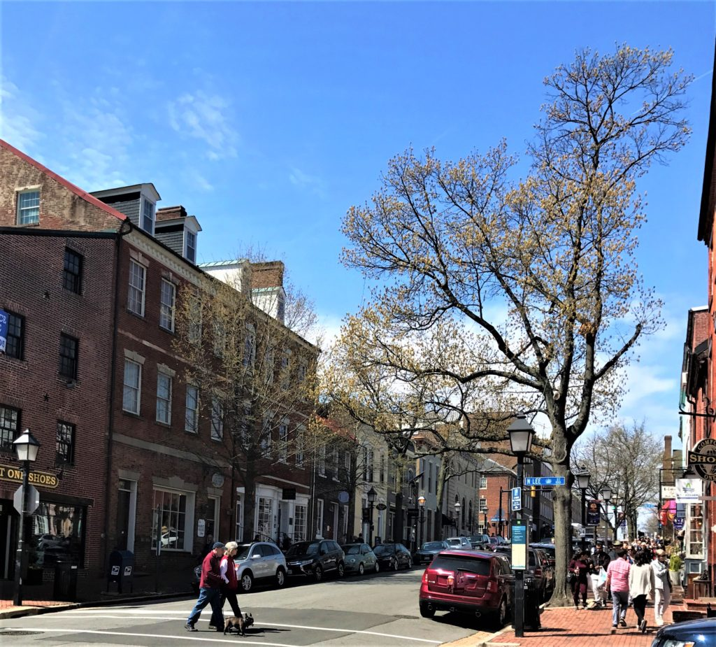 Looking up King Street in Old Alexandria