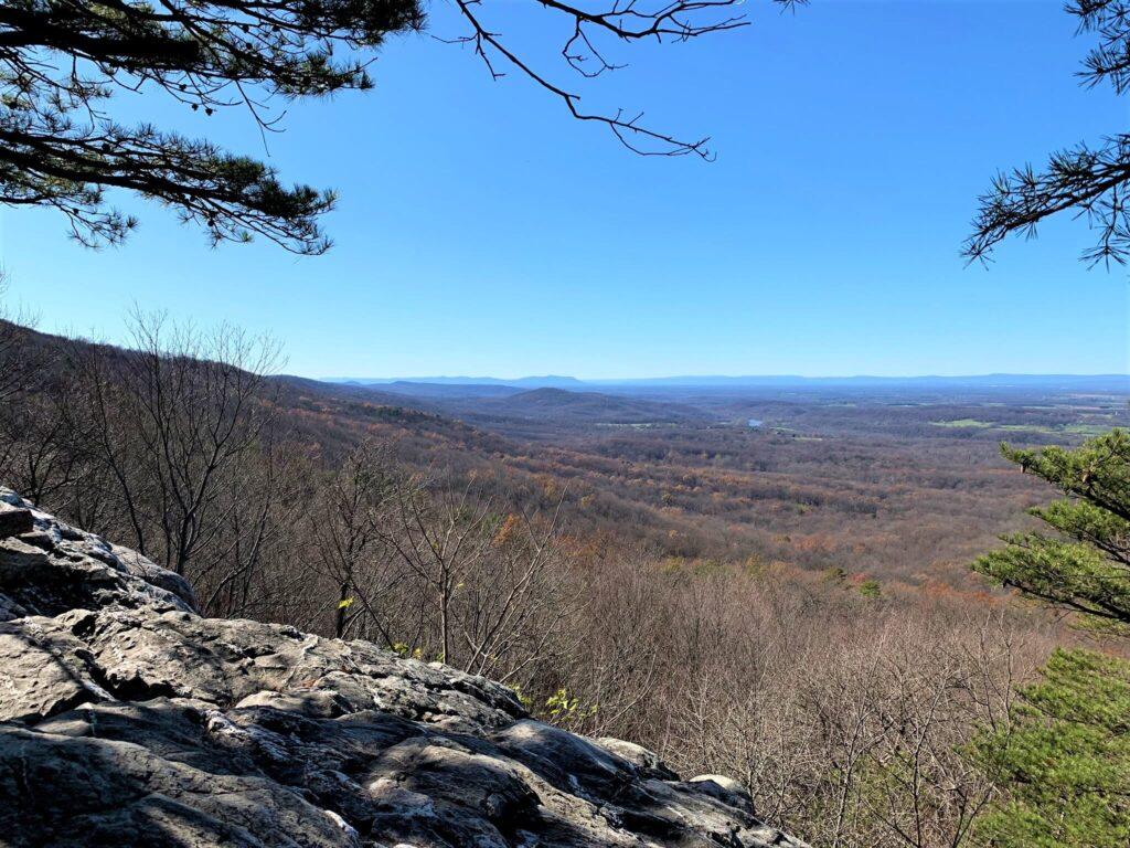 Views from Bears Den Overlook