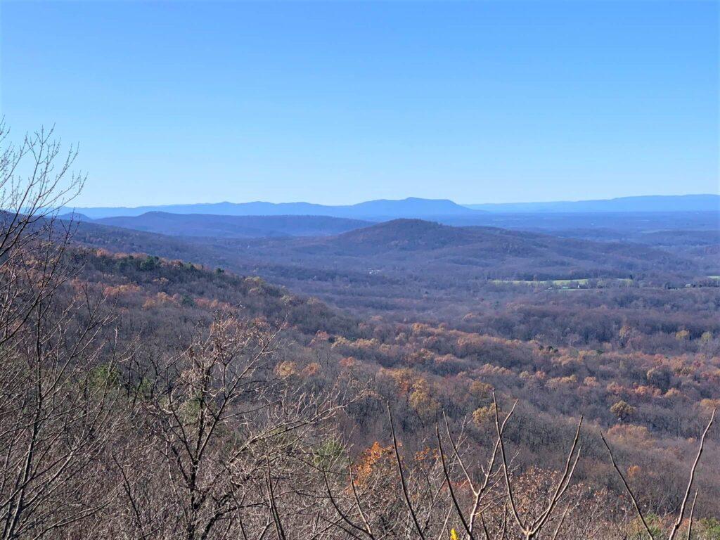Blue Ridge Mountains from Bears Den Overlook