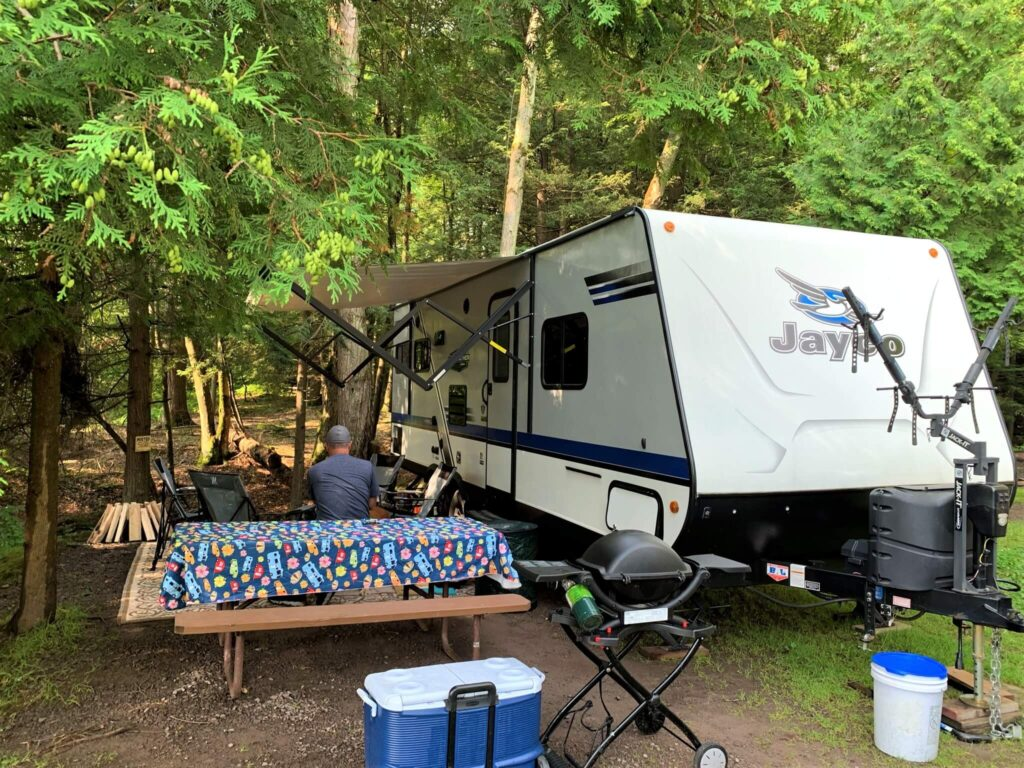 campground set up at keen lake
