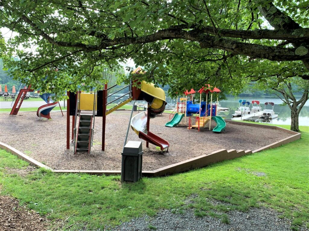 amenities at Keen Lake Campground