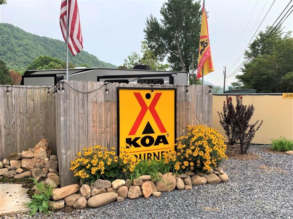 Jonesborough Cherokee NF KOA Entrance