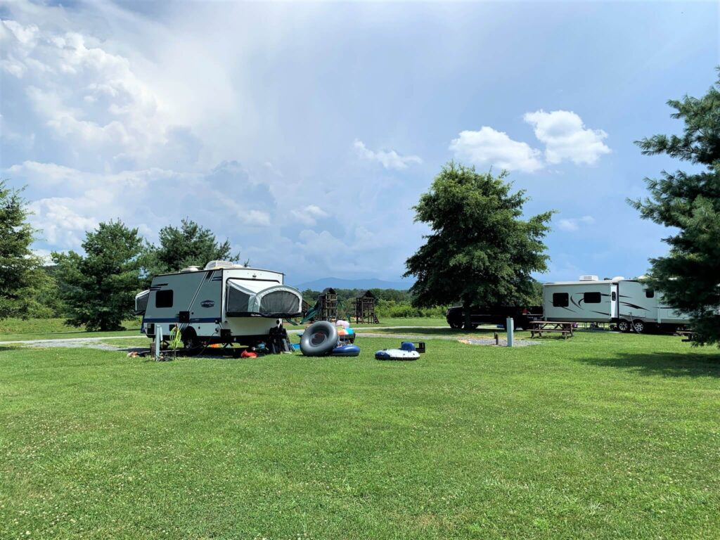 RV camping with mountain views Outlanders River Camp